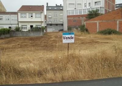 Se vende solar para edificio en Melide