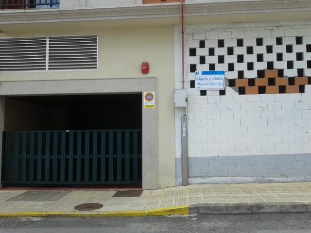 Plazas de Garaje en Venta o Alquiler en Melide, muy céntricas