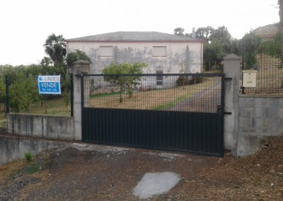 Casa en Santiso, próxima a carretera general de Melide-Agolada
