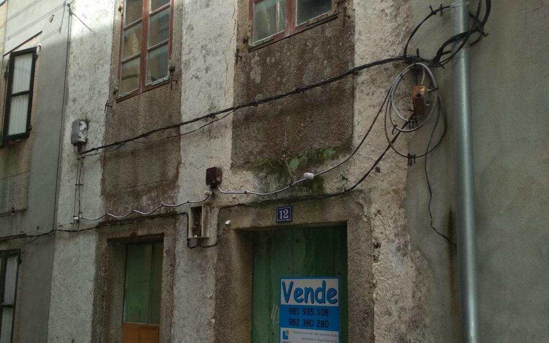 C326.1 – Casa para rehabilitar en el casco antiguo de Melide